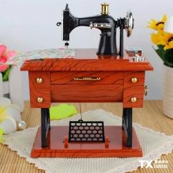 ¿Ya tienes la tuya? 🤩Encuentra la tuya en la sucursal o en nuestra página web: https://txhome.com.mx/decoracion/49-maquina-coser-musical-ty-3.html