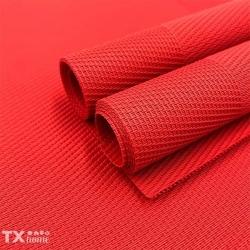 Ya casi llega diciembre. ✨ 🎁Puedes adquirir éste mantel para éstas fechas aquí: https://txhome.com.mx/decoracion/208-302-mantel-plastico-uncolor-o-14.html#/48-color-rojo